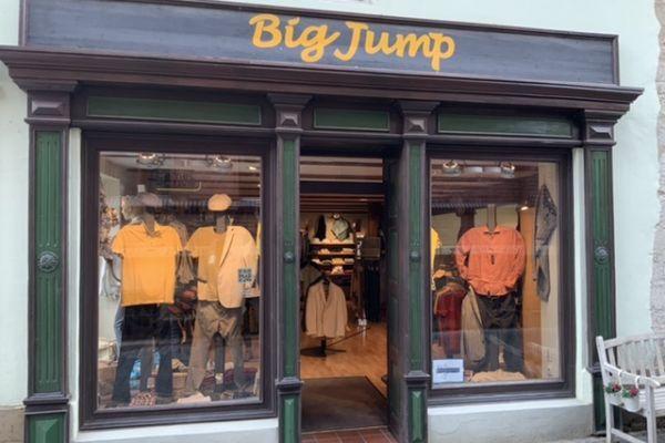 Bild 1 von Big Jump